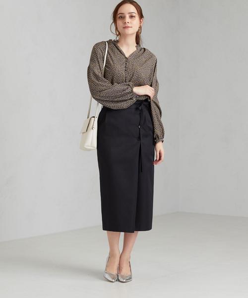 レディースブラウス×タイトスカート