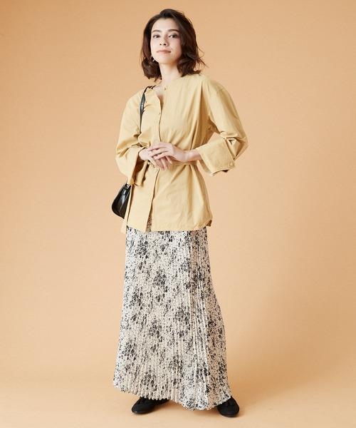 6月の軽井沢:花柄プリーツスカートの服装