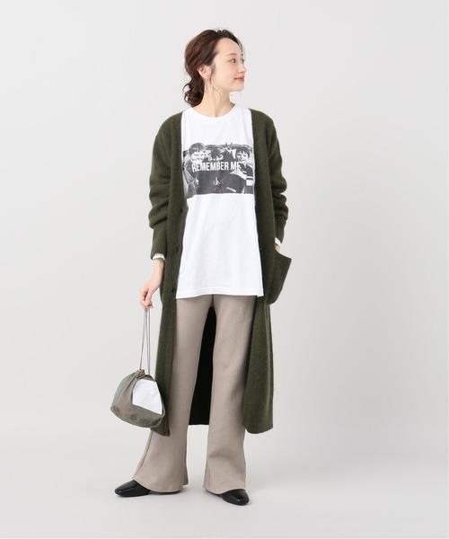プリントTシャツ×リブパンツ