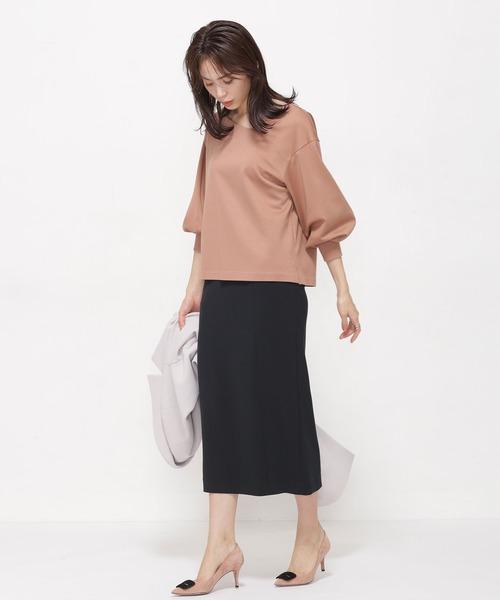 Iラインスカートの大人っぽコーデ