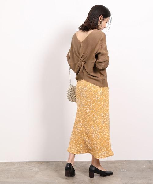 春の通勤コーデ「スカートスタイル」3