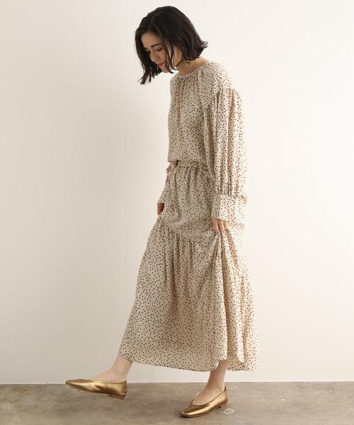 [ADAM ET ROPE'] 【セットアップ対応】バックサテンドットプリントスカート