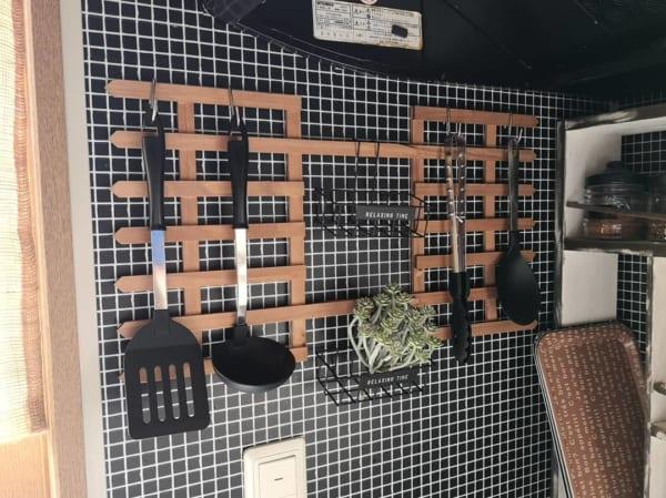 キッチンの見せる収納アイデア《調理器具》7