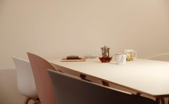 好きなデザインの家具とアートで、空間を自分好みにコーディネイト3