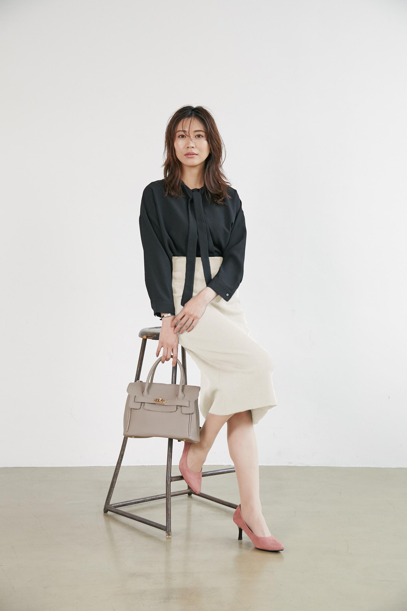 大人女性のオフィスカジュアルの服装9