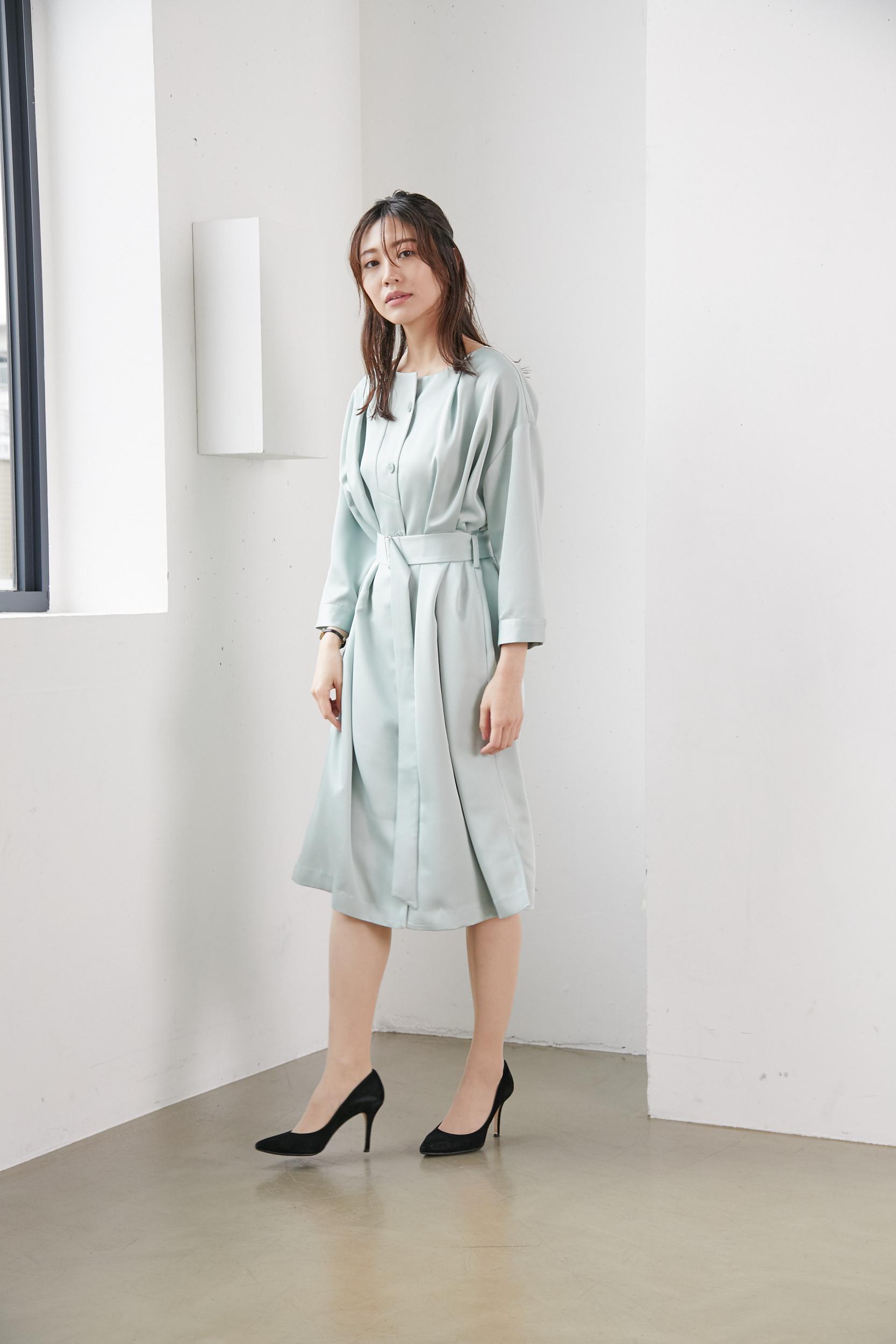 大人女性のオフィスカジュアルの服装5