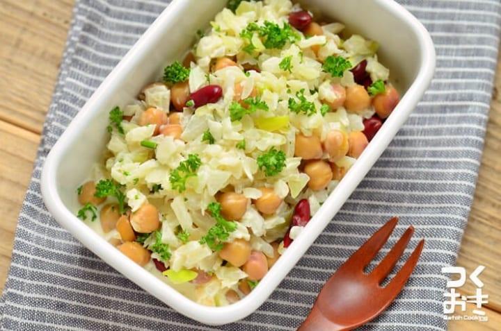 カレーうどんにおすすめ!豆と玉ねぎのサラダ