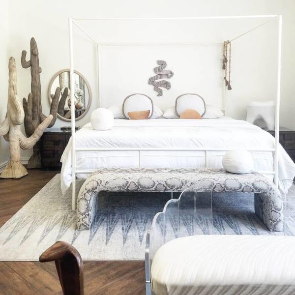 海外のベッドルームインテリア《ホテル風》2