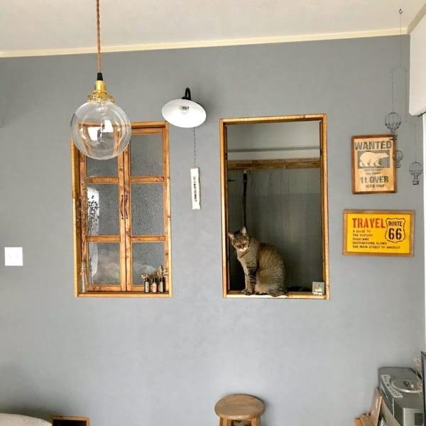 DIYで仕上げた窓枠がおしゃれなアクセントに