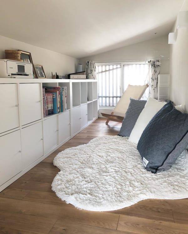 屋根裏の納戸&読書スペース