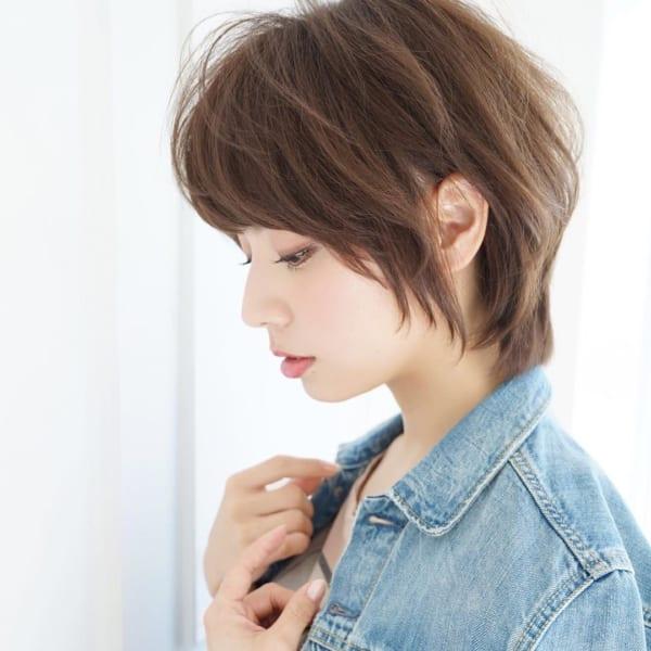 レイヤーショートの髪型