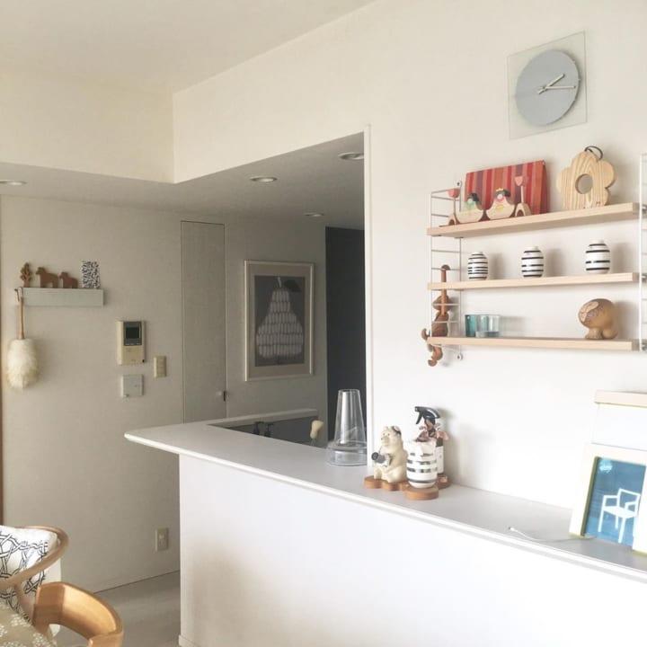 飾り棚にひな人形