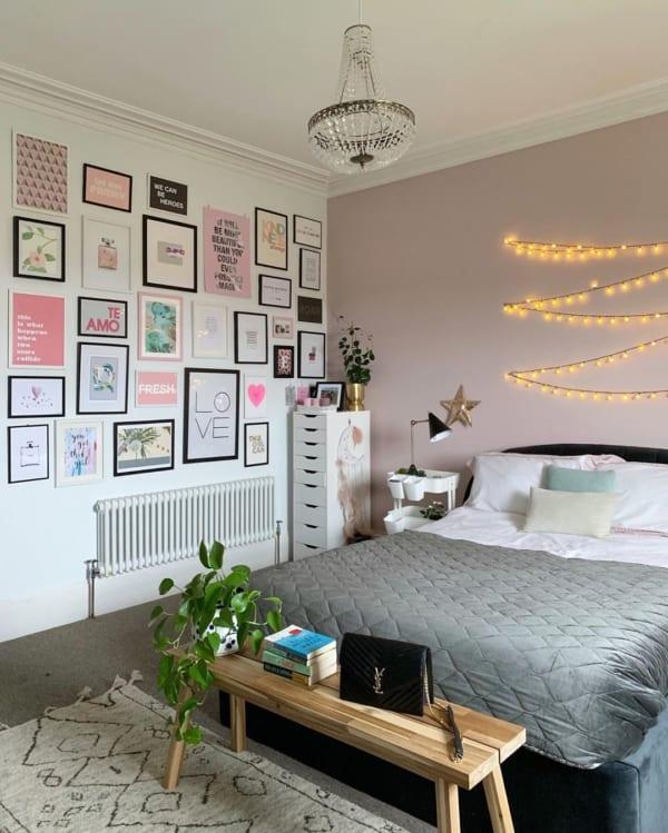 ポップで元気な印象の寝室
