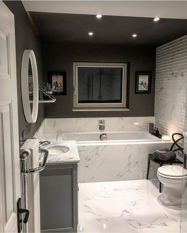 高級感のあるバスルーム