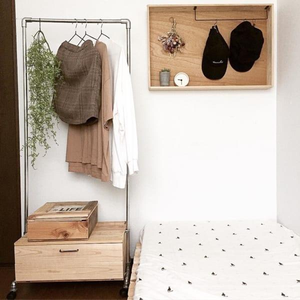 洋服の見せる収納アイデア《ラック》3