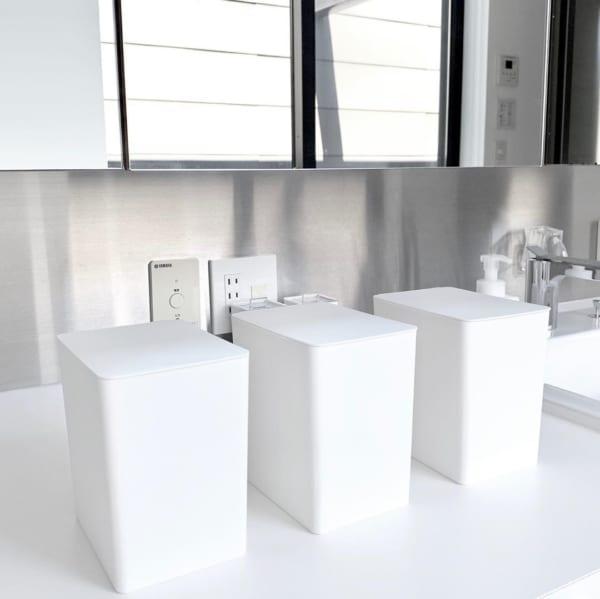 蓋がついて使いやすい洗剤収納ケース