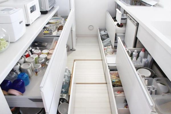 キッチン収納をフル活用