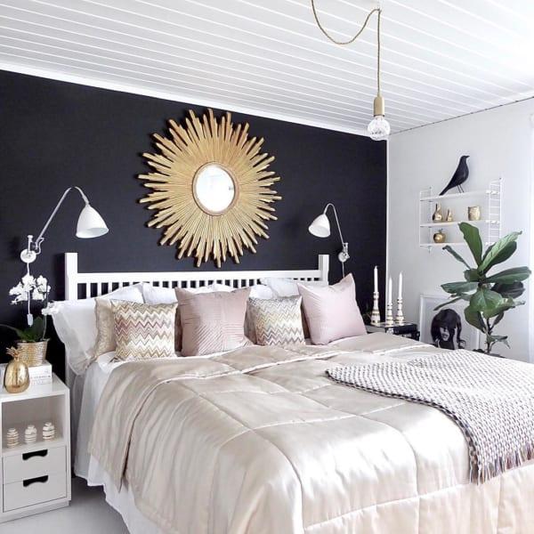 洗練されたシンプルモダンな寝室