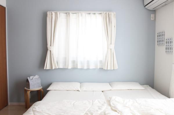 シンプルインテリアのベッドルーム