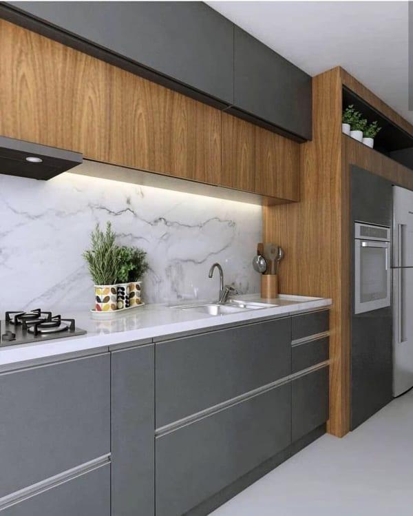 上品で落ち着いた雰囲気のキッチン