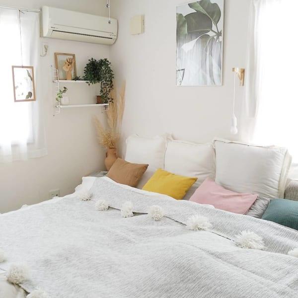 グリーンミックスの心地よい寝室