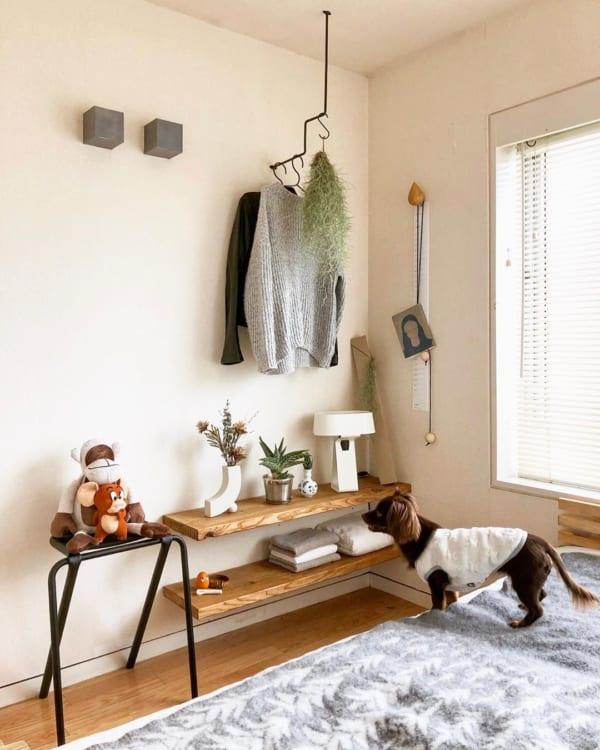 洋服の見せる収納アイデア《壁付けバー》4