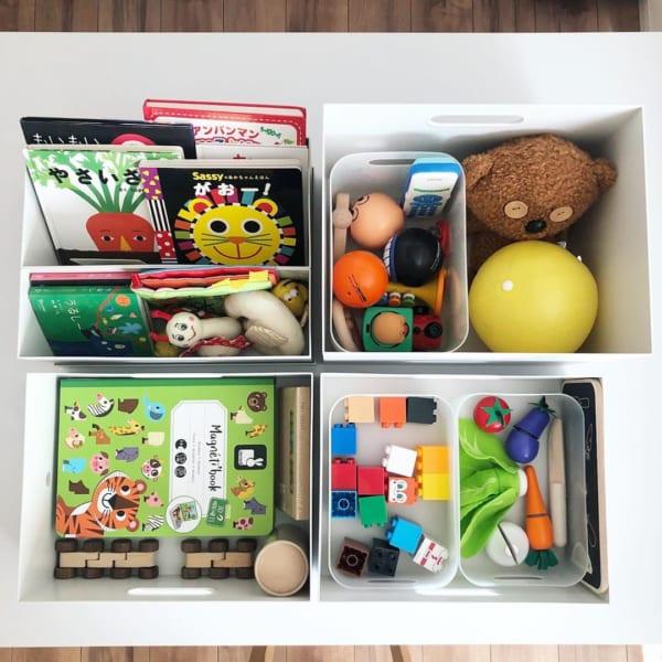 ポリプロピレンファイルボックススタンダードに絵本やおもちゃを収納