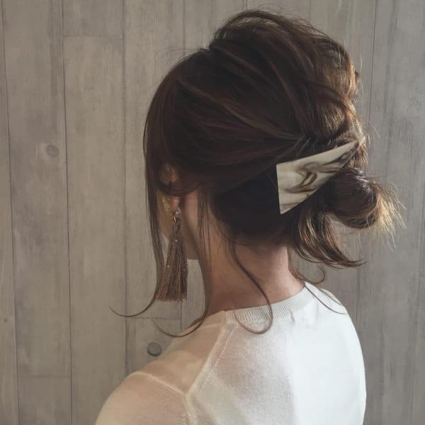 オフィスカジュアルのヘアスタイル18