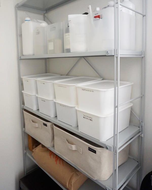 日用品収納に積み重ねボックス