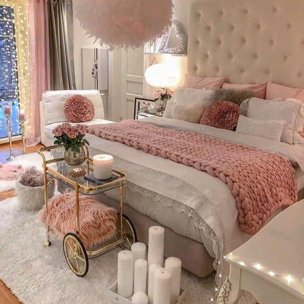 フェミニンな寝室に取り入れる