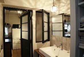 家具のようなデザインで、楽しく料理ができるキッチンに3