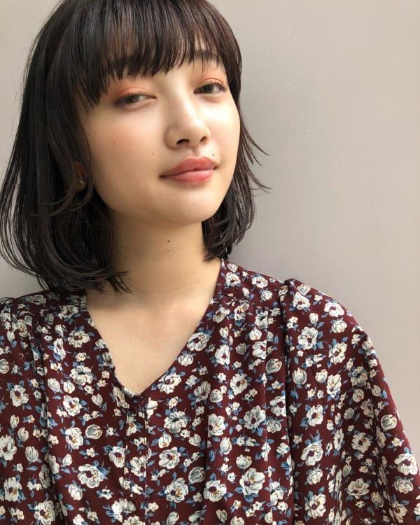 夏に人気の黒髪×ボブヘア4