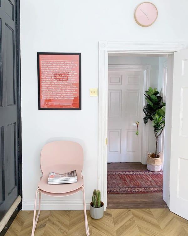 ピンク色の家具8