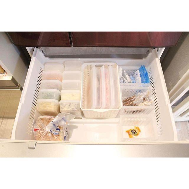 保存容器やケースを使うアイデア