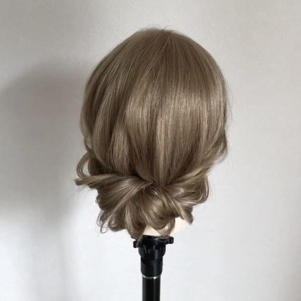 フォーマルにも合うミディアムのアップヘア