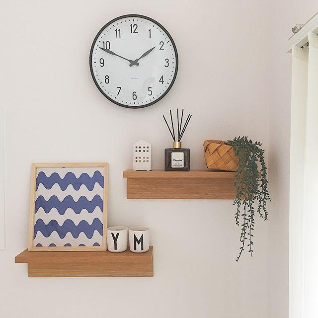 壁に付けられる家具を使った賃貸でもできる壁収納アイデア