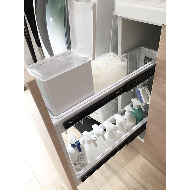 狭い部屋の収納アイデア《洗剤・洗面道具》6