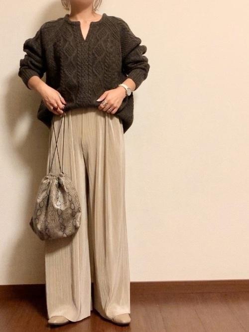 [Fashion Letter] Vカット スクエアトゥフラットシューズ 美脚パンプス