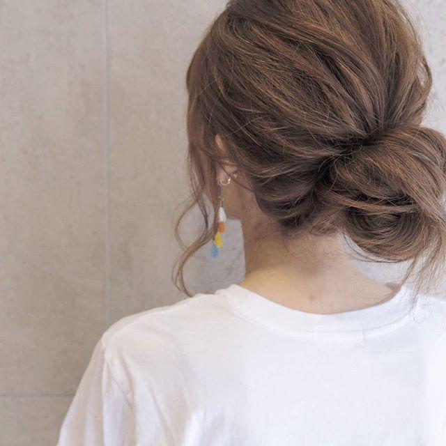 剛毛な女性におすすめのロングヘアアレンジ6
