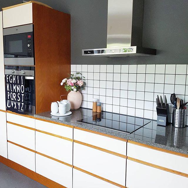 キッチンに人気のアクセントクロス13