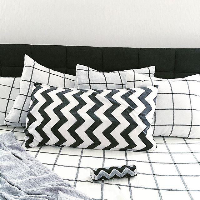 シンプルでかわいい枕カバーとクッションカバー2
