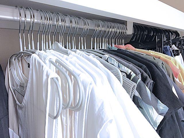 狭い部屋の収納アイデア《洋服》6