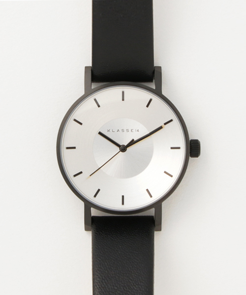 ブレスレット付きのスマートな腕時計