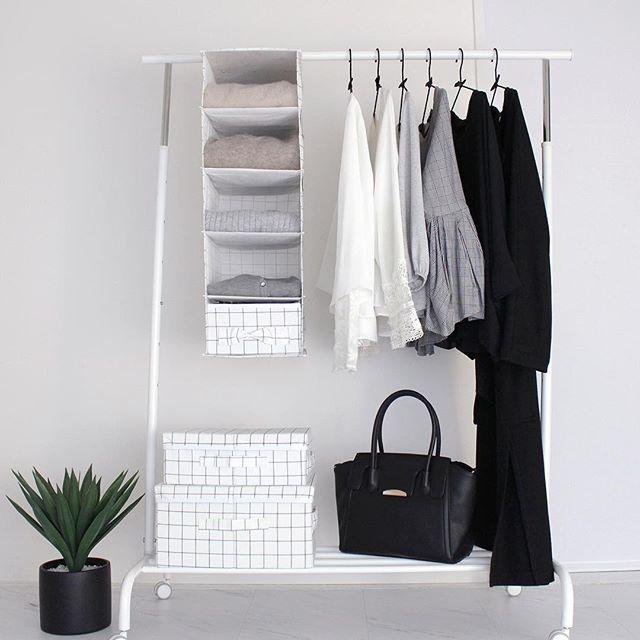 狭い部屋の収納アイデア《洋服》3