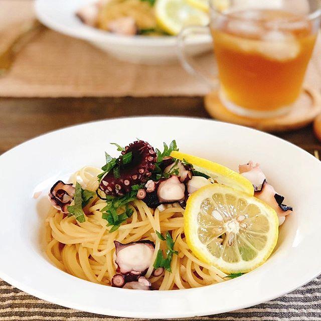 休日のお昼ご飯レシピにタコとニンニクのパスタ