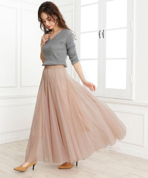 ロングスカートの大人女子コーデ