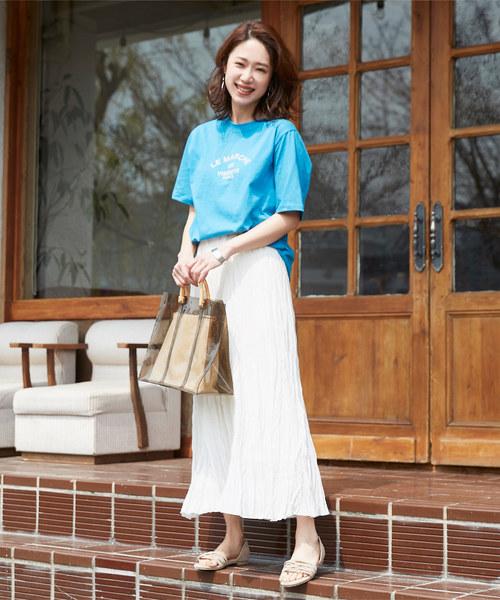 プリントTシャツ×おしゃれロングスカート