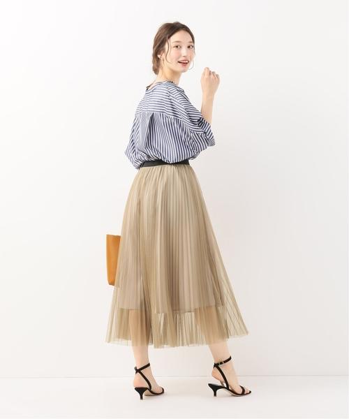 チュールプリーツスカート×ストライプシャツ