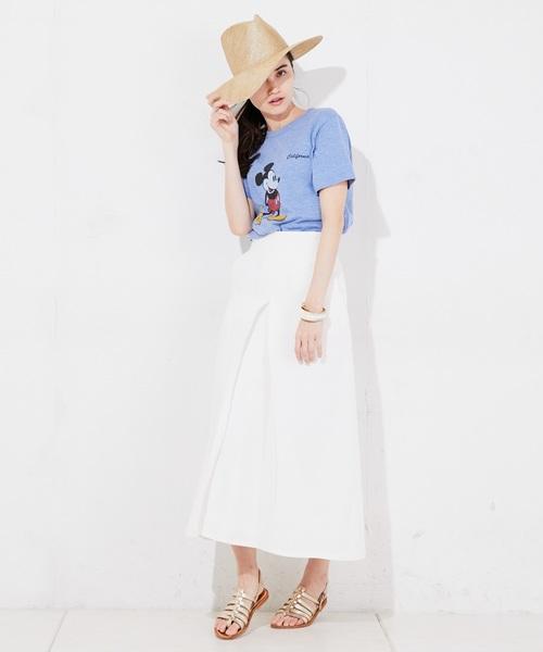 キャラクターTシャツ×ロングスカート