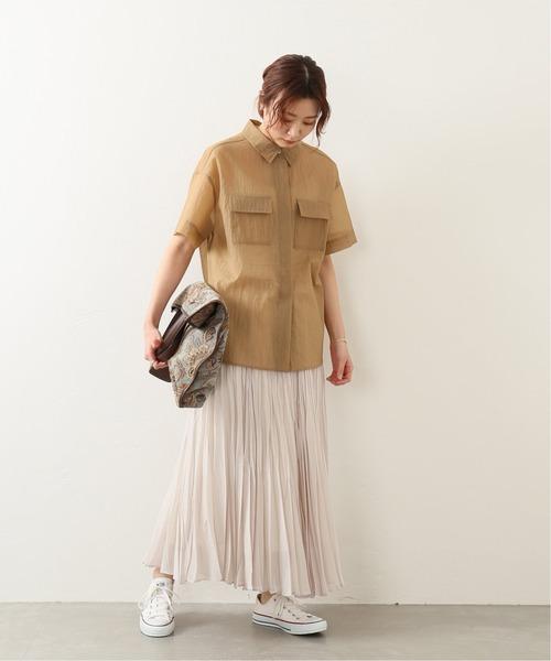 ミリタリーシャツ×プリーツロングスカート